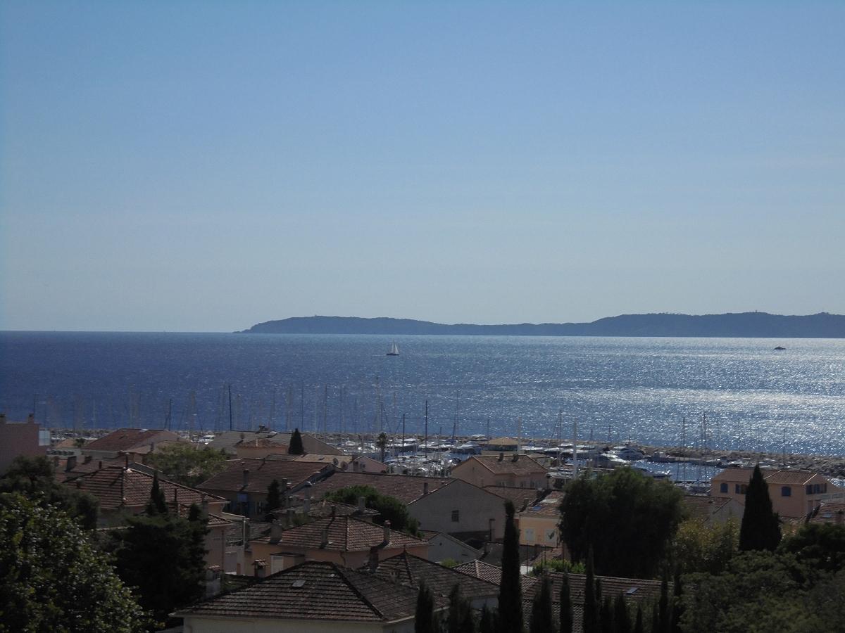 Splendide vue mer, proche centre ville